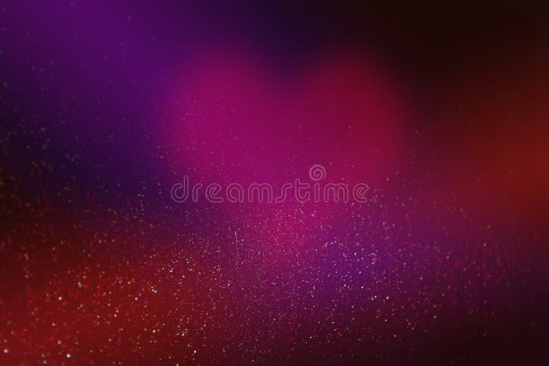 Serce dla valentines dnia w abstrakcjonistycznym czerwonym tle z jarzyć się gwiazdy i bokeh w postaci projekt dekoracji fotografia stock