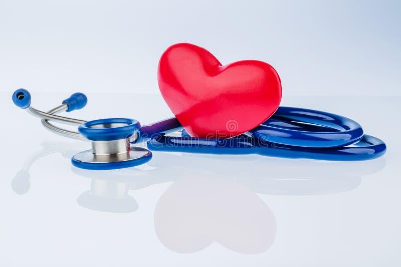 Serce i stetoskop zdjęcia royalty free