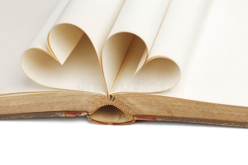 Serce wśrodku książki obraz royalty free