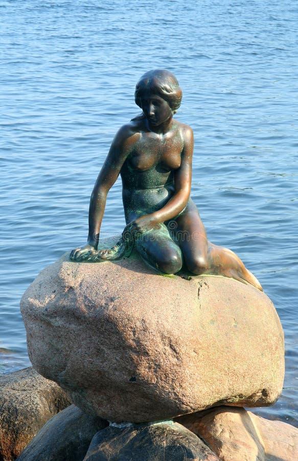 Sereia pequena do conto de Andersen, Copenhaga fotos de stock royalty free