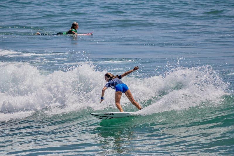 Serena Nava surfing w samochodów dostawczych us open surfing 2019 obrazy royalty free