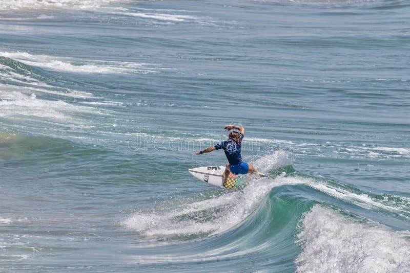 Serena Nava surfing w samochodów dostawczych us open surfing 2019 fotografia stock