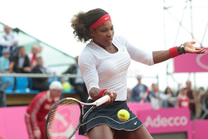 Serena Williams durante il gioco fotografia stock
