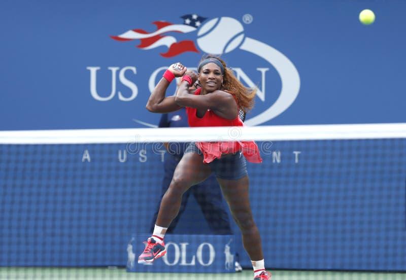 Serena Williams på US Open 2013 royaltyfri fotografi