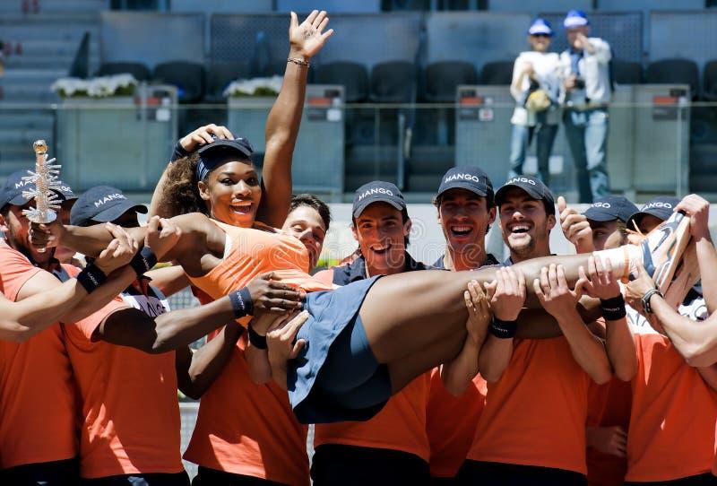 Serena Williams pendant le tennis de Madrid Mutua ouvert image stock