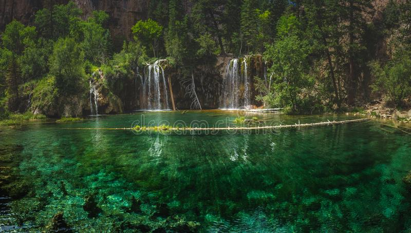 Serene Hanging Lake Waterfalls imagen de archivo