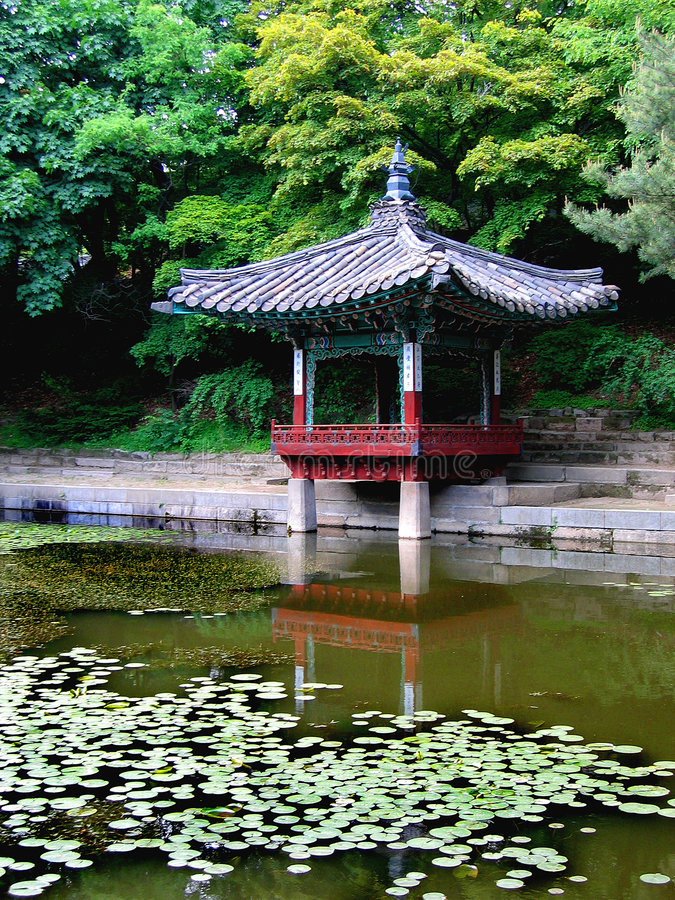 Serene reflection of ancient Korean architecture stock images