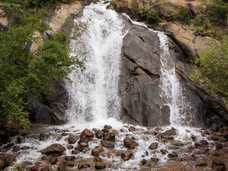 Serene Sound av vattenfallet Helen Hunt Falls royaltyfria foton