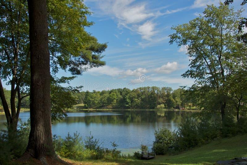 Serenidade em jardins de Innisfree, Ny fotos de stock