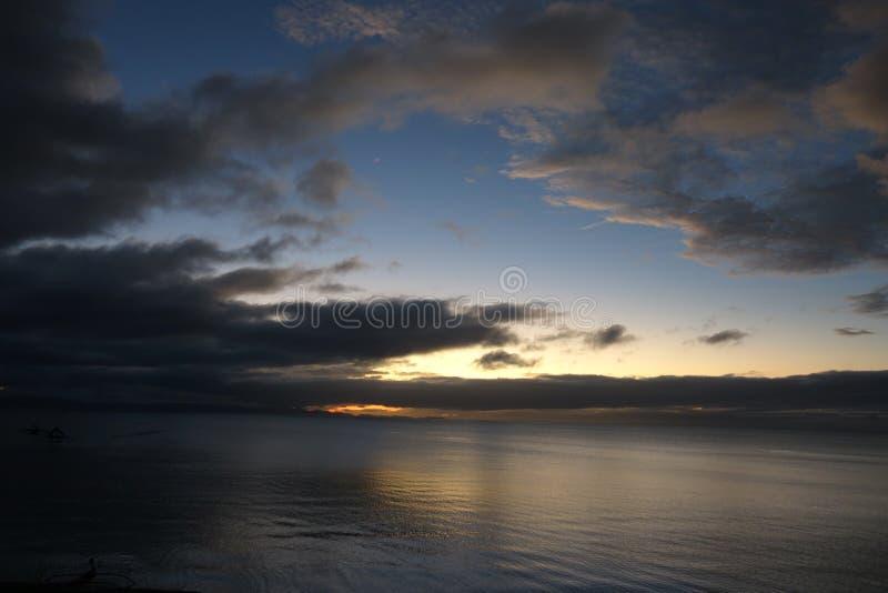 Serenità delle acque tranquille fotografia stock libera da diritti