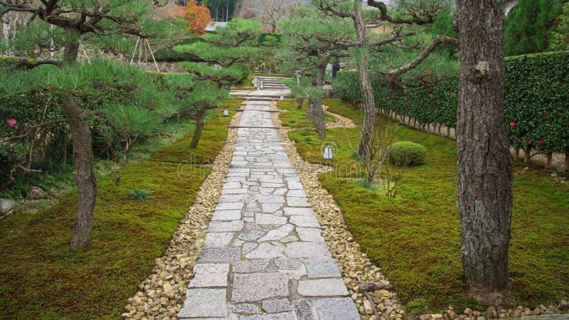 Sereniteitsvoetpad van enkojitempel, Kyoto royalty-vrije stock afbeelding