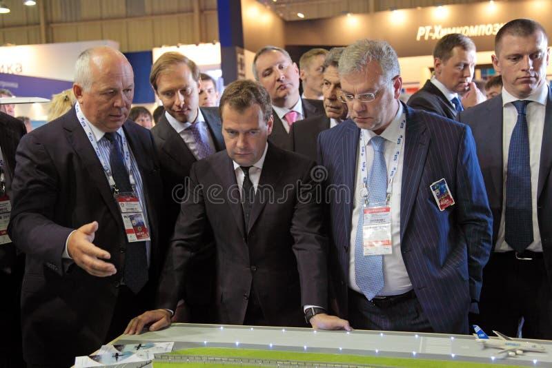 Sergey Chemezov, Dmitry Medvedev y Dmitry Shugaev imagen de archivo