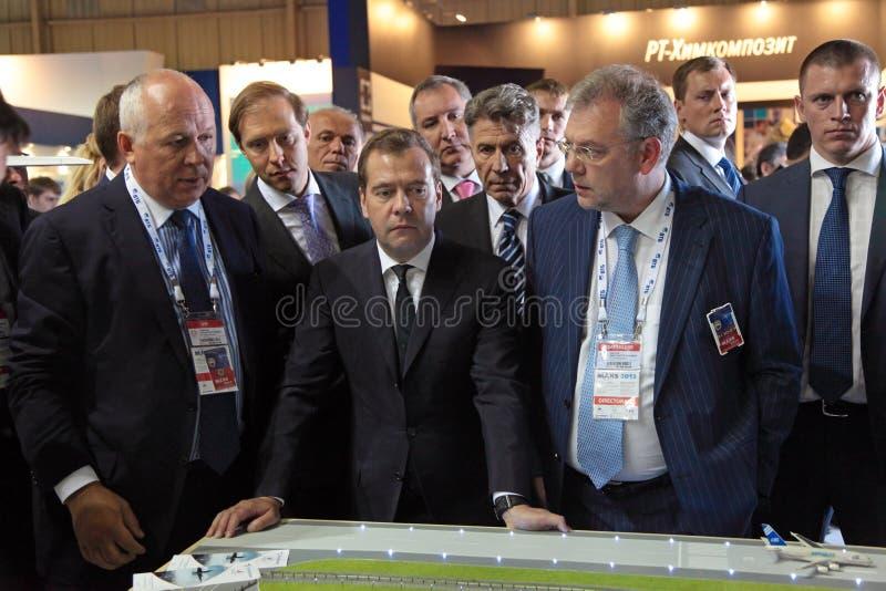 Sergey Chemezov, Dmitry Medvedev y Dmitry Shugaev foto de archivo libre de regalías