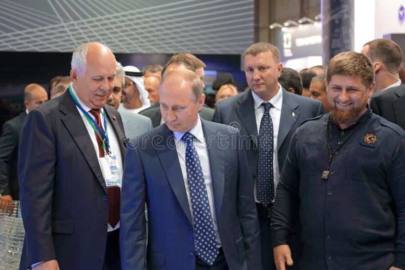 Sergey Chemezov, Vladimir Putin y Ramzan Kadyrov fotografía de archivo libre de regalías