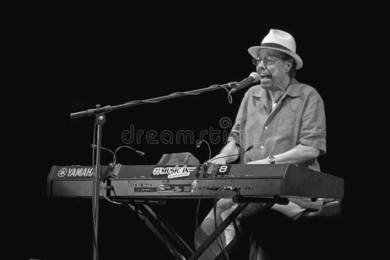 Sergio Mendes an Umbrien-Jazz 2011 stockbild