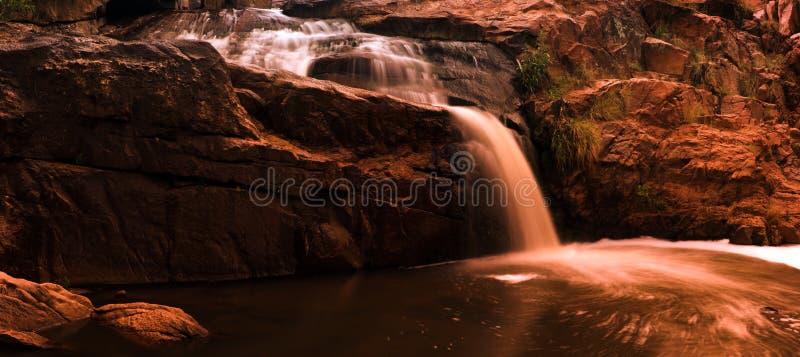 Serie 1 del panorama de la cascada del río fotos de archivo