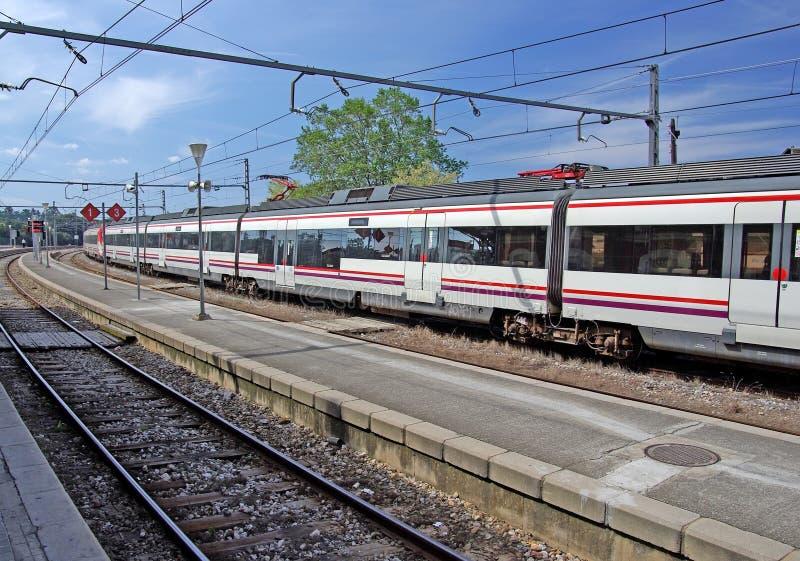 Serie auf Station. lizenzfreie stockfotos