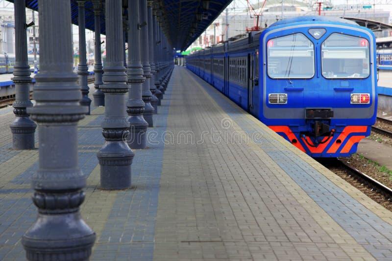 Serie in der Station lizenzfreie stockfotografie