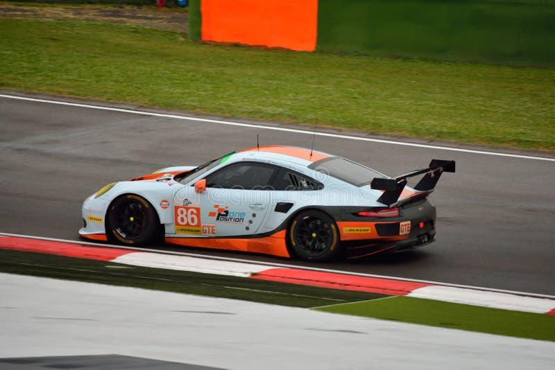 Serie Porsche de Le Mans del europeo 911 RSR GT3 en Imola 2015 foto de archivo
