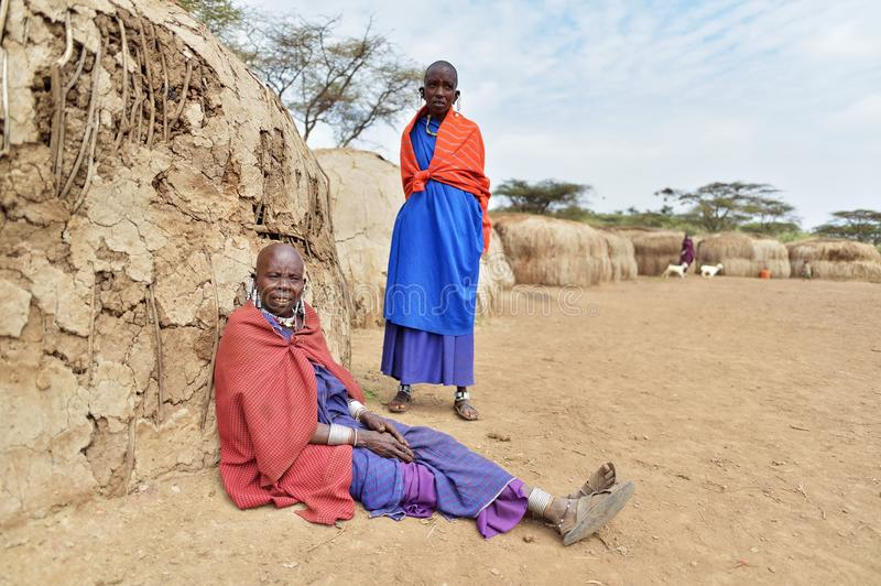 Seronera, Tanzanie, le 12 février 2016 : La vie dans un village de Maasai photos libres de droits