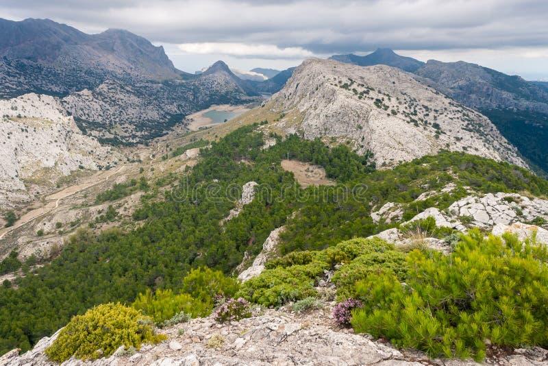 Serra de Tramuntana-bergketen op het eiland van Mallorca stock fotografie