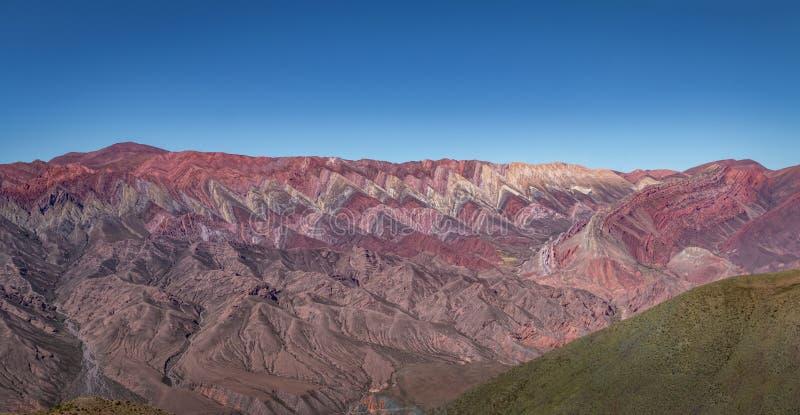 Serrania de Hornocal, les quatorze collines de couleurs chez Quebrada de Humahuaca - Humahuaca, Jujuy, Argentine photographie stock