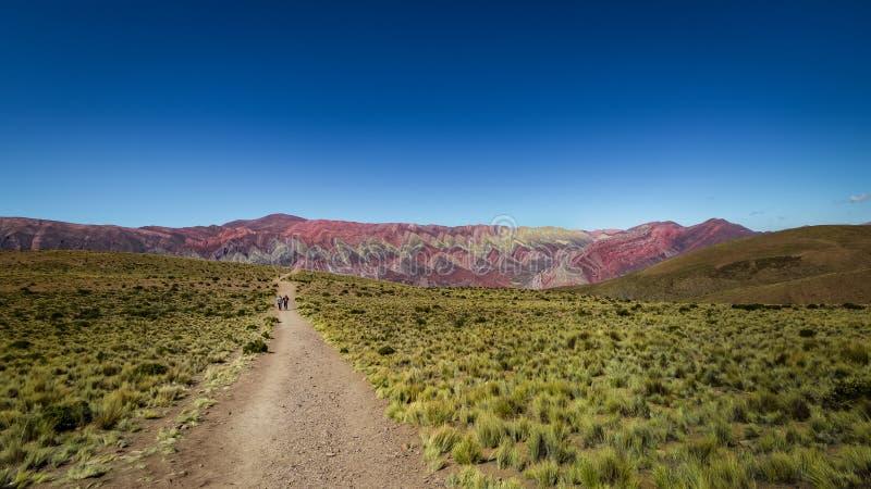 Serrania de Hornocal, les quatorze collines de couleurs chez Quebrada de Humahuaca - Humahuaca, Jujuy, Argentine image stock