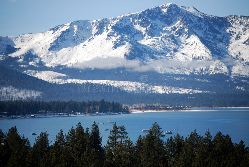 Serras em Lake Tahoe fotos de stock royalty free