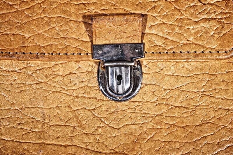 Serratura di vecchio portafoglio di cuoio beige fotografia stock libera da diritti
