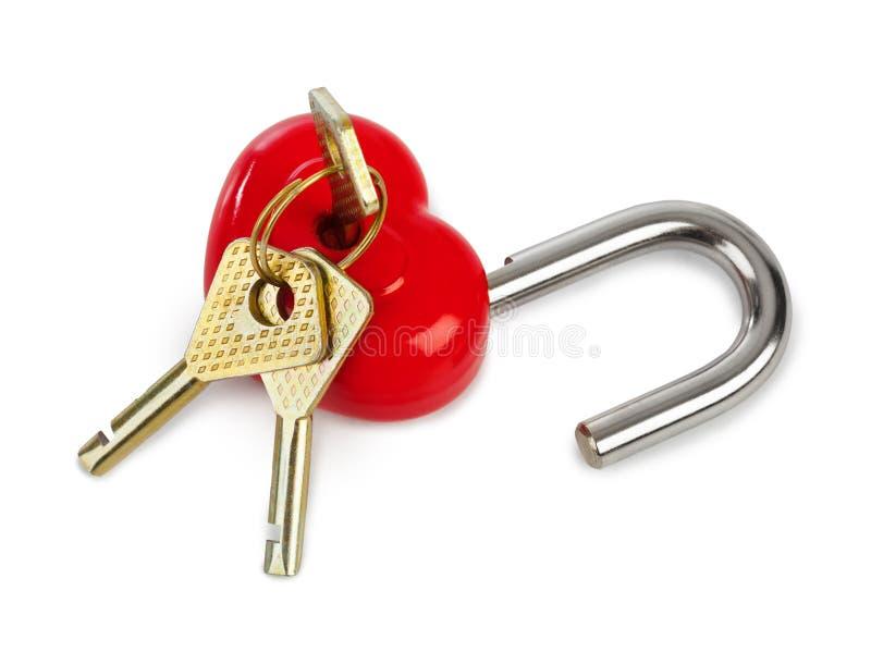 Serratura a forma di e chiavi del cuore immagine stock libera da diritti