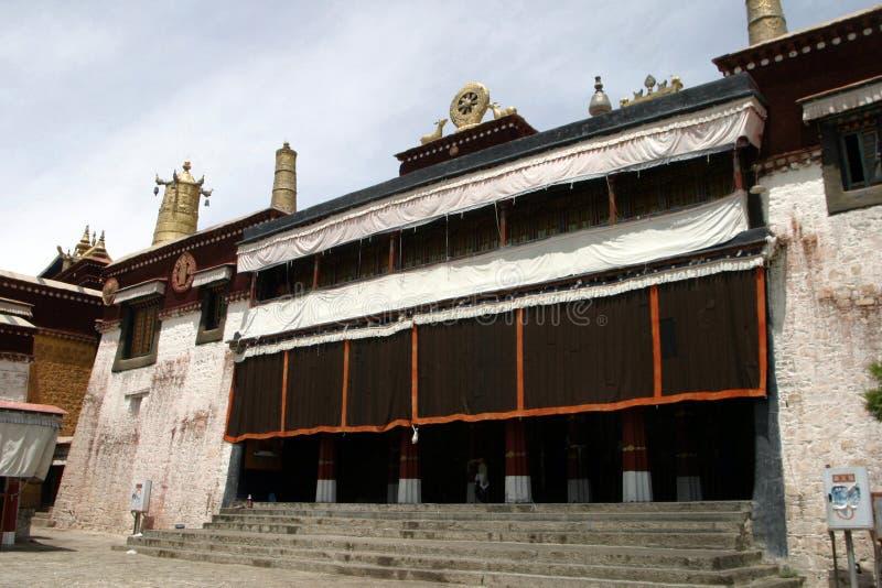 Serum-Kloster in Tibet stockfotografie