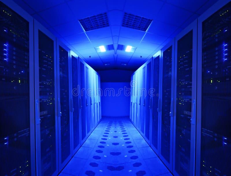 Serverraum und -einheiten lizenzfreies stockfoto