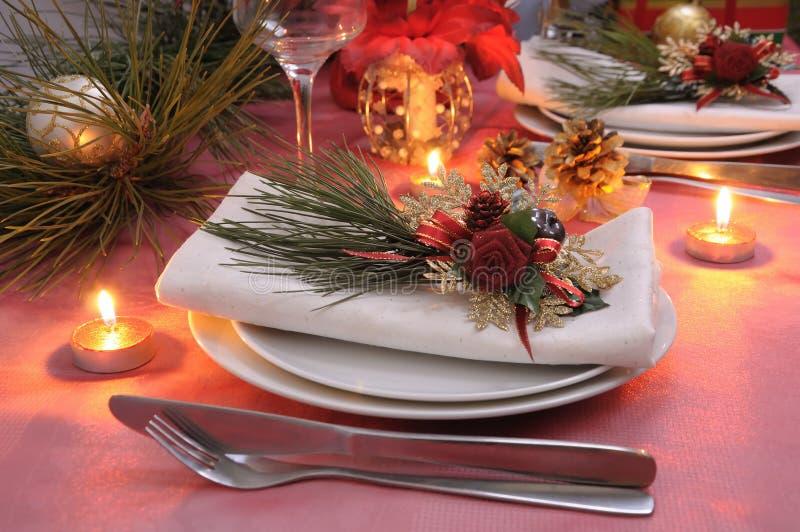 Servet dat voor Kerstmis wordt verfraaid royalty-vrije stock afbeeldingen
