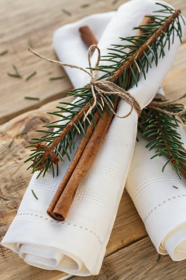 Servetter för tabellinställningen för jul arkivfoto