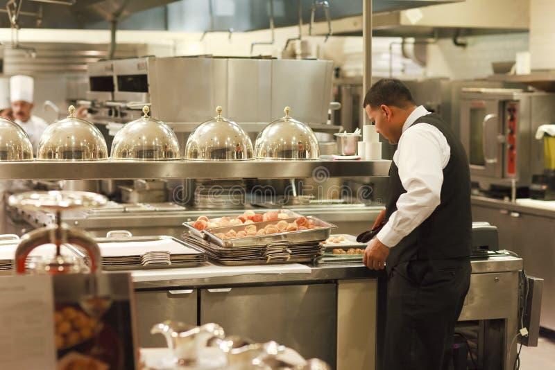 Serveur et cuisiniers, hôtel de Paris, Las Vegas photographie stock libre de droits