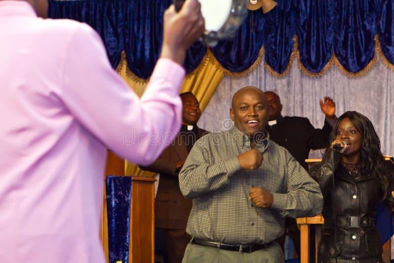 Serviço americano do evangelho do Kenyan imagens de stock