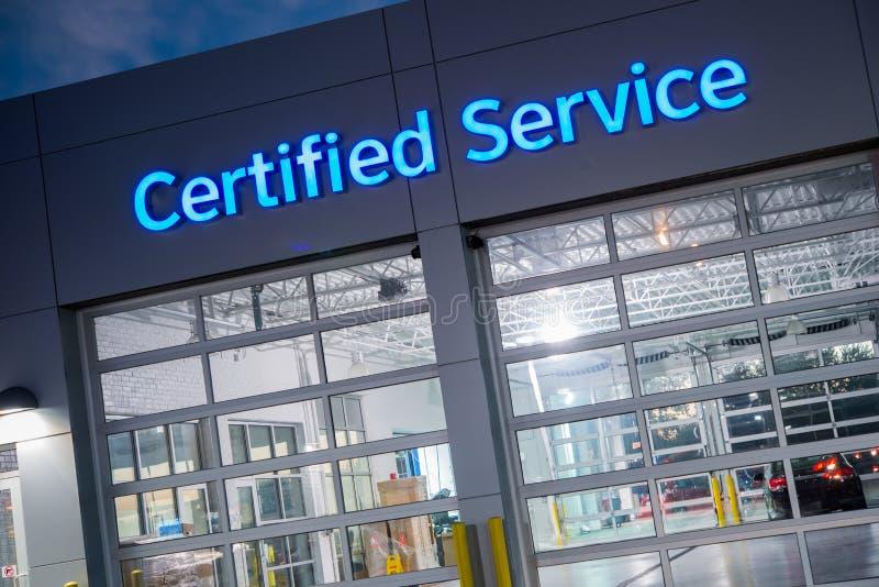 Serviço certificado do carro imagem de stock royalty free