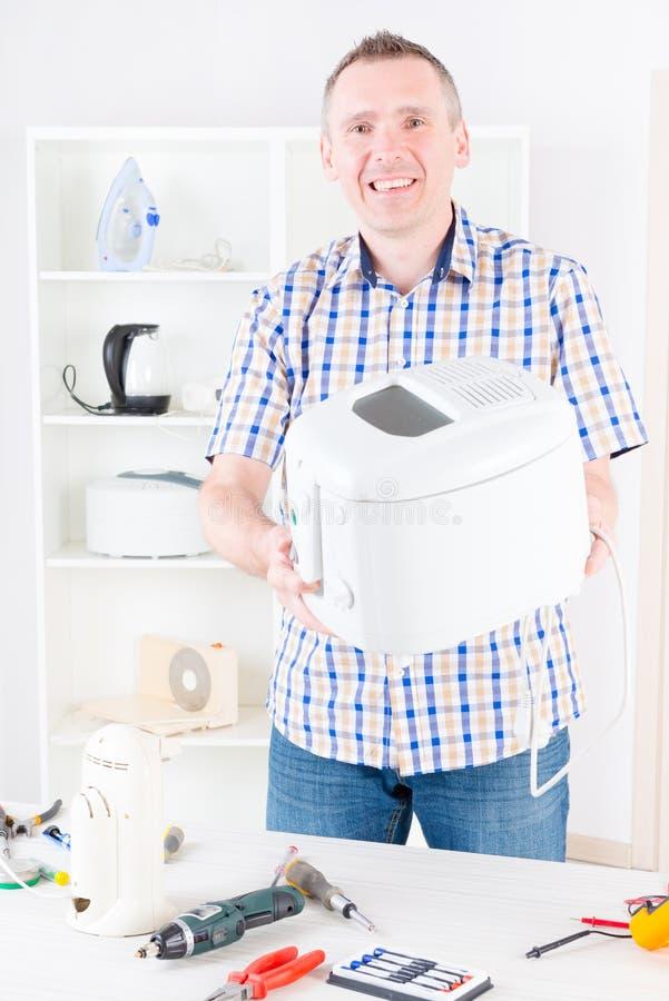 Serviço do aparelho eletrodoméstico imagem de stock