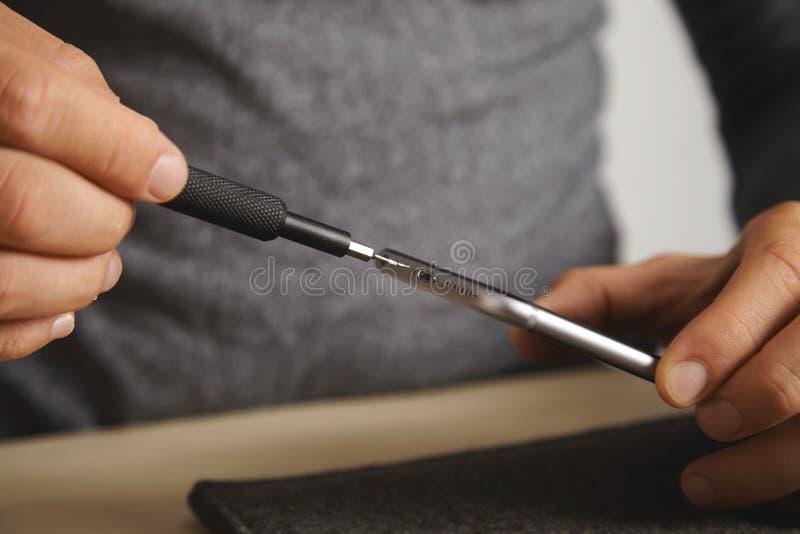 Serviço do repairment do computador e do telefone imagem de stock royalty free
