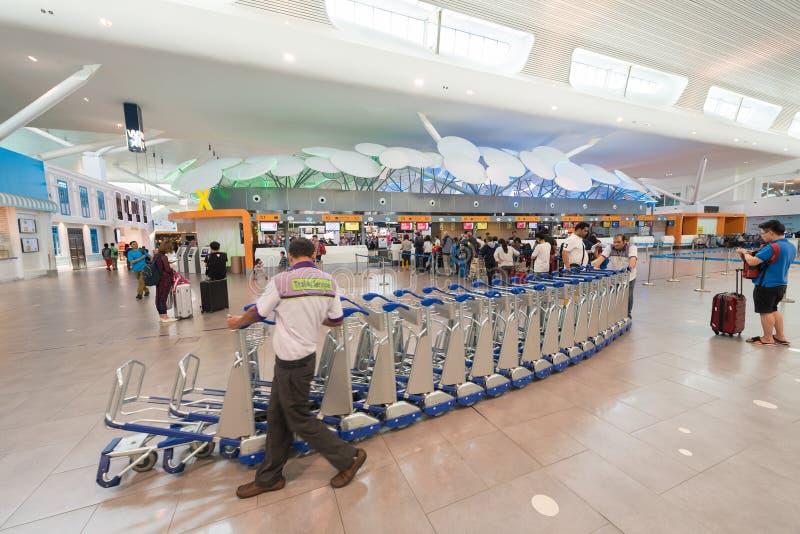 Serviço do trole em Kuala Lumpur International Airport 2 fotos de stock