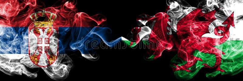 Servië versus Wales, Welse rokerige zij aan zij geplaatste mysticusvlaggen Dik gekleurde zijdeachtige Welse rookcombinatie van Se stock illustratie
