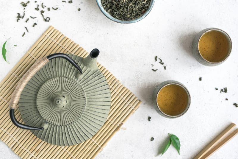 Service à thé traditionnel image stock