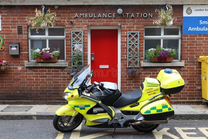 Service d'ambulance de Londres photos stock