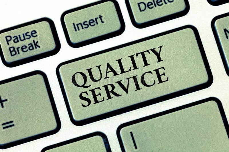 Service de qualité des textes d'écriture Concept signifiant à quel point le service fourni se conforme aux attentes de client image libre de droits