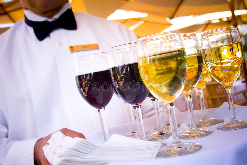 Servicio del vino imagen de archivo