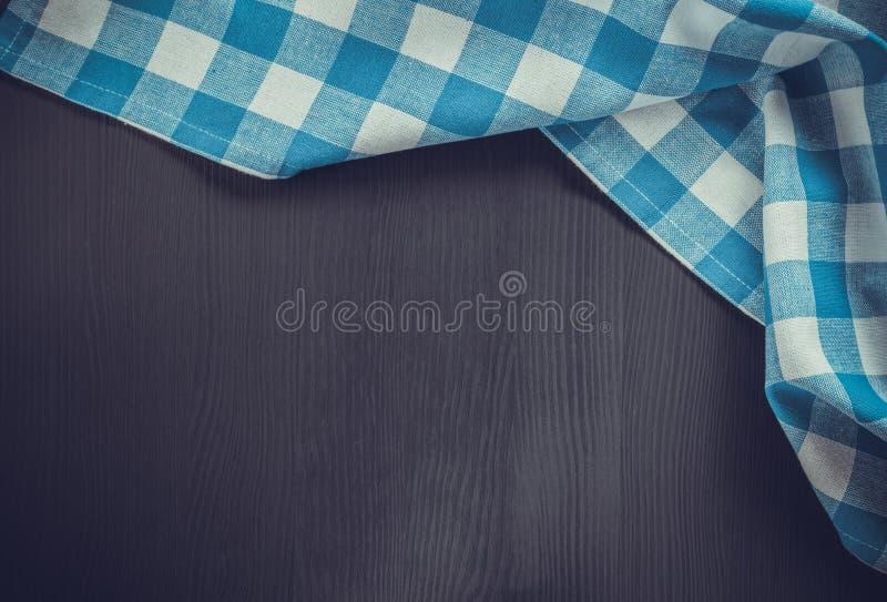 serviette de tissu sur en bois images stock
