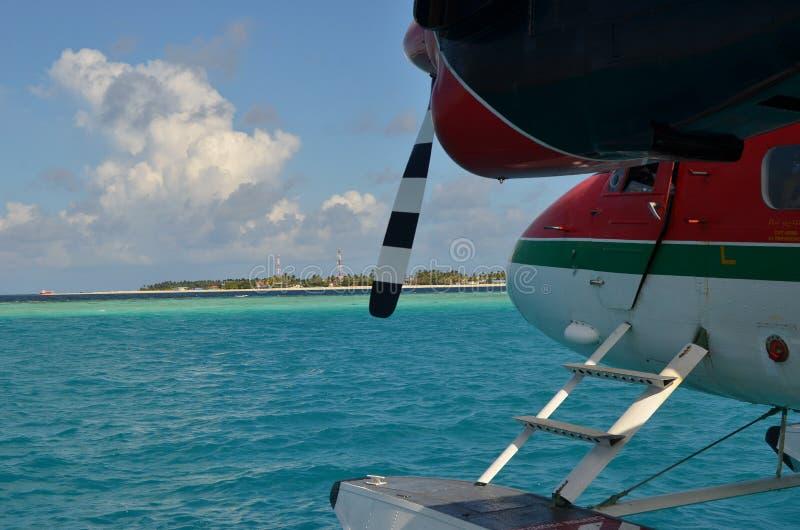 Servizio dell'aereo di mare in Maldive fotografie stock libere da diritti