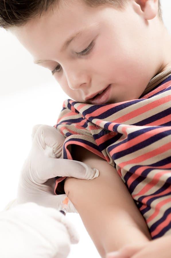 Download Sesión de la vacunación foto de archivo. Imagen de hospital - 41910942