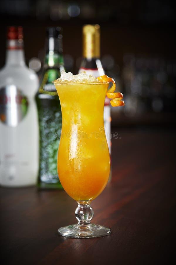 Sesso sul cocktail della spiaggia fotografia stock