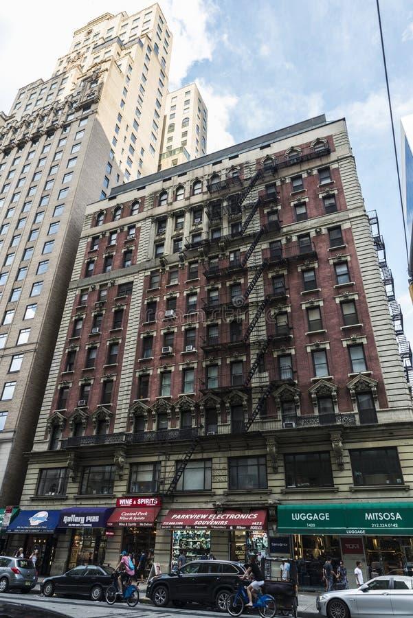 Sesto viale in Manhattan, New York, U.S.A. immagine stock